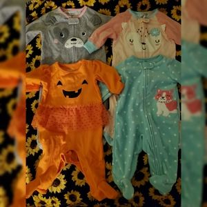 Baby onesies size 3-6 months